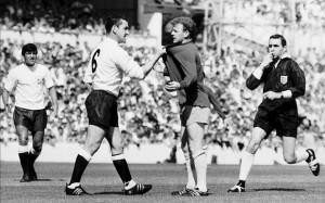 Football- Tottenham Hotspur v Leeds United 1966